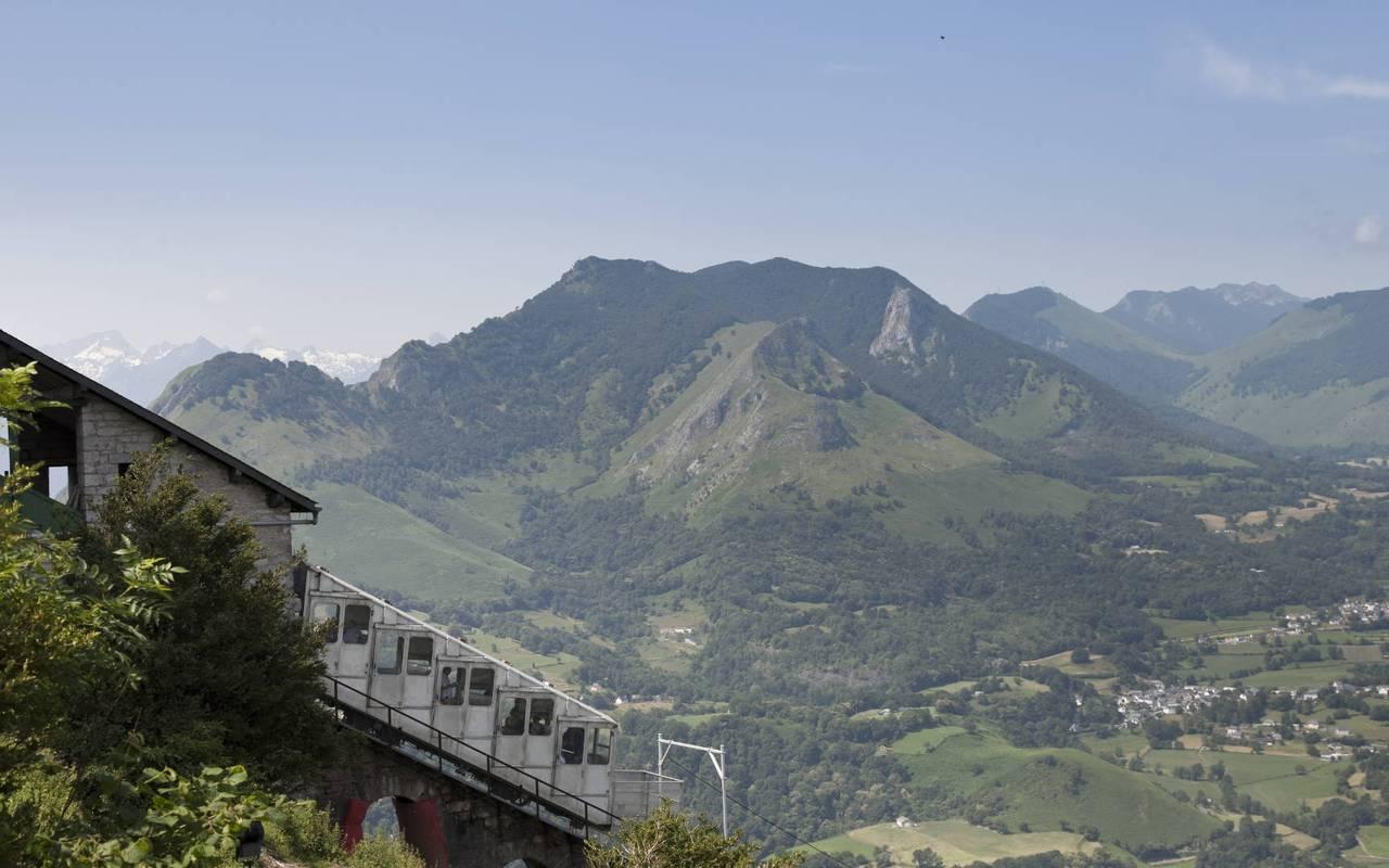 Vue sur les montagnes, séjour montagne Pyrénées, Hôtels Vinuales